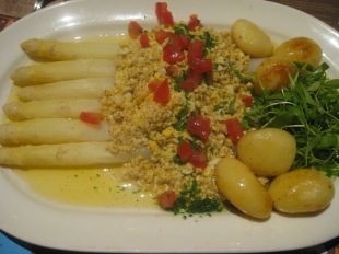 White asparagus, flemish way with a boiled egg and butter mousseline